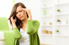 awoman-with-headache